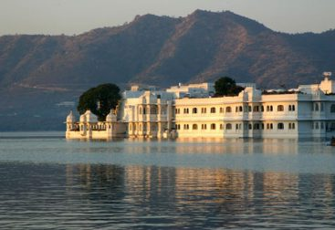 Best Places to Visit in Udaipur City 2019 1